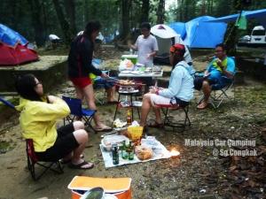 malaysia_car_camping_sungai_congkak13