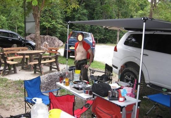 car-camping-campsite