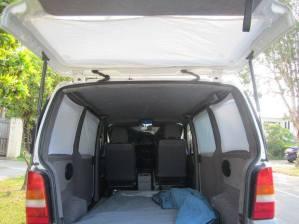 car-camping-curtain1