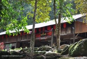 Balik_pulau_Hakka_house_car_camping_malaysia