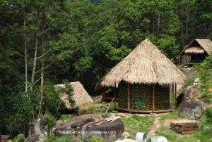 Balik_pulau_Hakka_house_car_camping_malaysia2