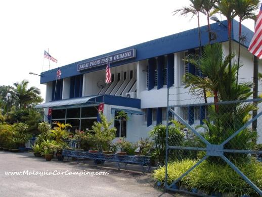 police-station-malaysia-car-camping
