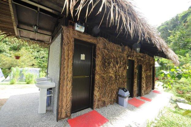 Tanah_Aina_Farrah_Soraya_Eco_Tourism_Resort_toilet-outside