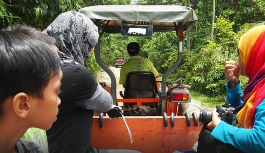 Tanah_Aina_Farrah_Soraya_Eco_Tourism_Resort_trucks