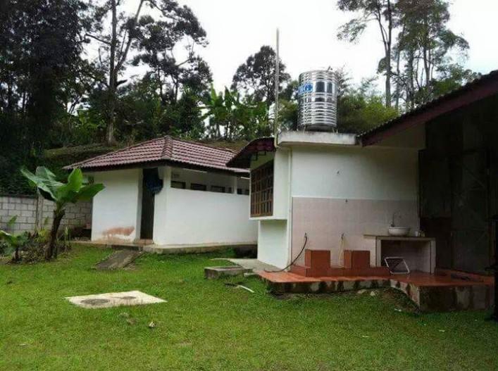 abc-camp-malaysia-car-camping-toilet2