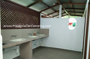 Ubipadi_leisure_car_camping_malaysia_1a